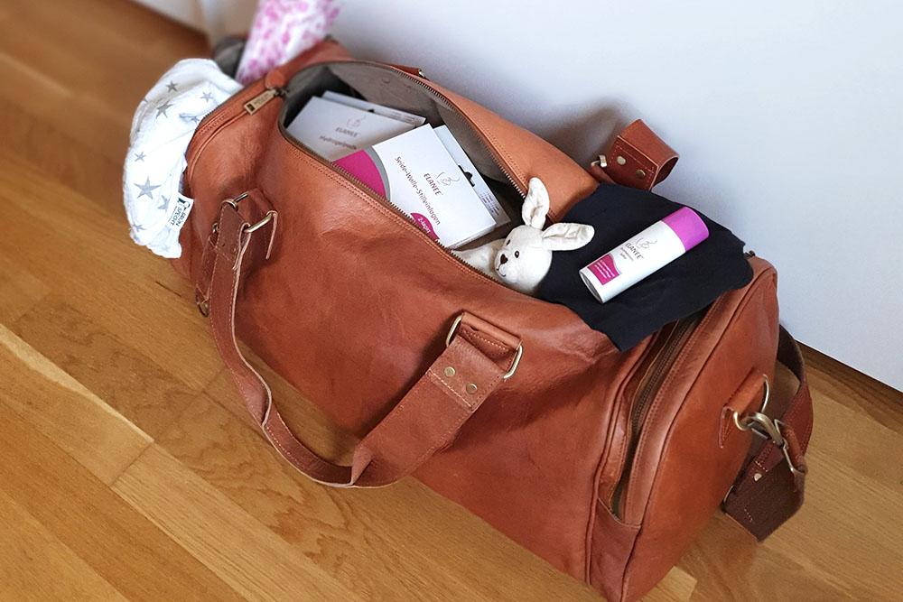 """""""Ich packe meinen Koffer und nehme mit…"""" Die Kliniktasche – mein Weekender für die Klinik"""